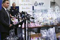 Australská policie zadržela rekordní množství drogy metamfetamin v hodnotě více než 1,26 miliardy australských dolarů.