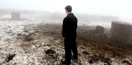 Lukáš Strnad pracuje na farmě ve Fojtovicích,kde se objevila první kráva na severu Čech nakažená BSE.
