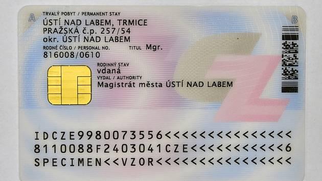 Občanský průkaz s čipem - ilustrační foto