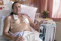 Novozélandský řidič kamionu Steven McCormack v nemocnici.