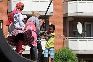 Život v kodaňské čtvrti Mjølnerparken, představující jedno z nejznámějších dánských ghett