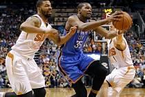 Kevin Durant v akci proti Phoenixu