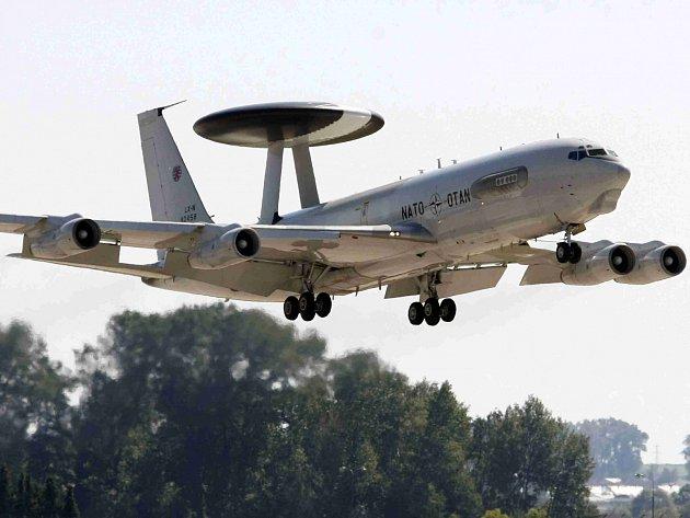 Průzkumné letedlo Boeing E3A Sentry AWACS. Ilustrační foto