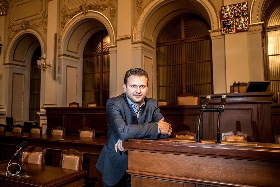 Radek Vondráček poskytl 15. listopadu v Praze rozhovor Deníku.