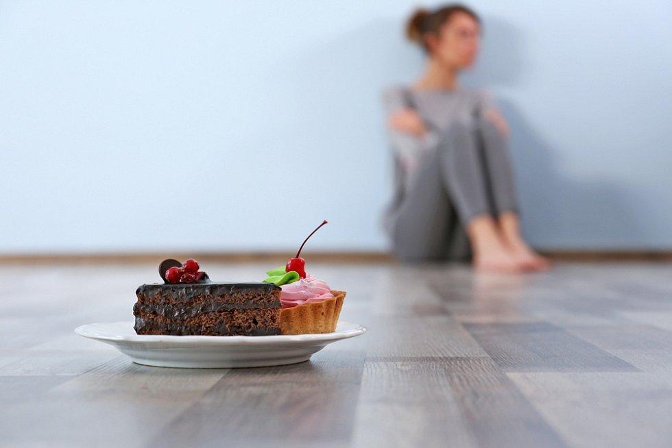 Mentální bulimie se vyskytuje častěji jako samostatná porucha, ale velmi často je vzájemně propojena s mentální anorexií.