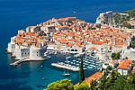 Chorvatsko vstupuje do EU a tak je pro nás na letní dovolenou ještě atraktivnější. Na snímku perla Jadranu Dubrovník.