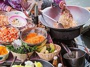 Bulharská kuchyně: šopský salát.