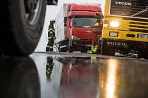 Doprava, nehody, záchranáři, hasiči - ilustrační foto