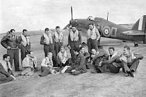 Piloti československé 310. stíhací perutě v roce 1940