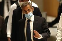 Bývalý francouzský prezident Nicolas Sarkozy u soudu v Paříži 1. března 2021