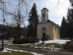 Filiální kostel Panny Marie v Karlové Studánce.