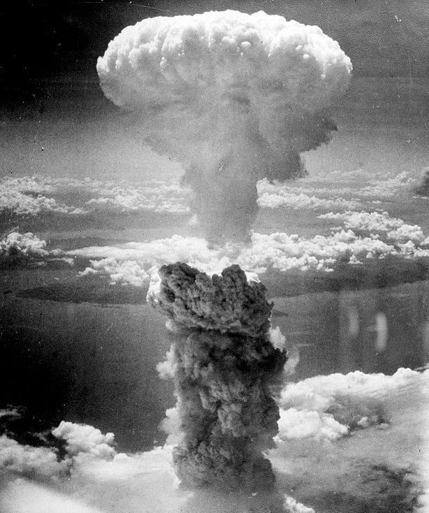 Výbuch atomové bomby v Nagasaki 9. srpna 1945
