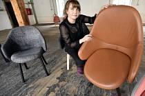 Společnost TON představí na veletrhu designu a nábytku Salone del Mobile v Miláně celočalouněnou kolekci Alba