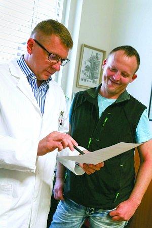 Pětatřicetiletý Tomáš Písečný překonal hned dvě nemoci, na které se běžně umírá.