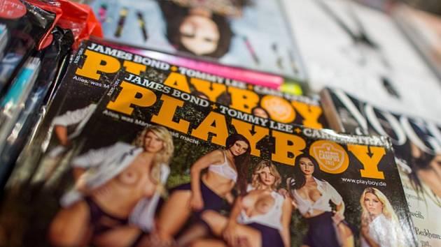 Americký magazín pro muže Playboy, k němuž neodmyslitelně patří obnažené dívky ve smyslných polohách, s nahotinami od jara skončí.