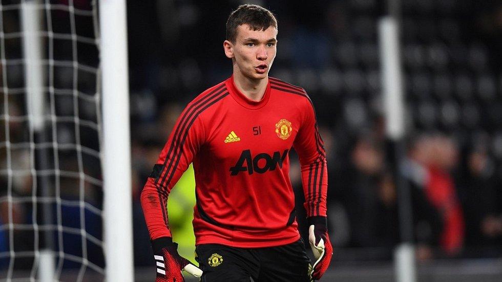 Brankář Matěj Kovář v dresu Manchesteru United.