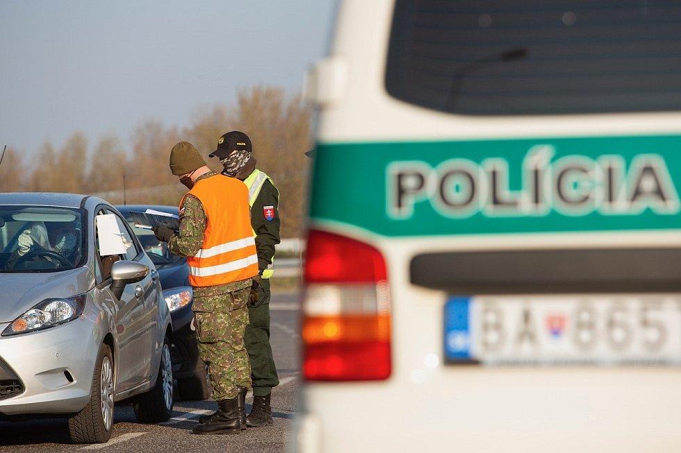 Kontroly na rakousko-slovenských hranicích