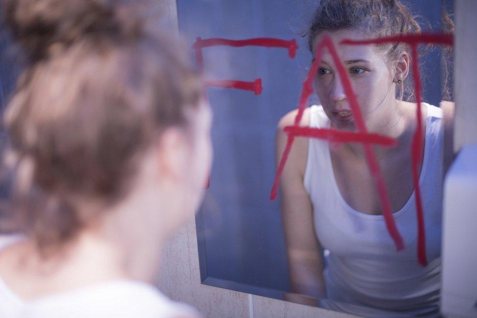 U poruch příjmu potravy narůstá riziko sebevražd i zdravotní komplikace.