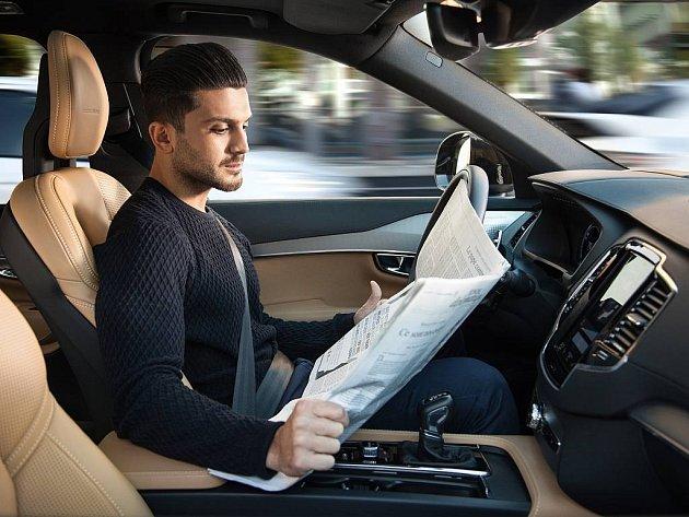 Volvo XC90 s autonomním řízením.