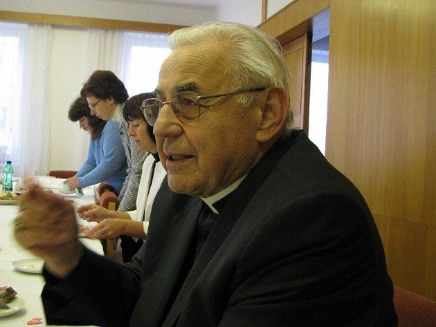 Kardinál Miloslav Vlk