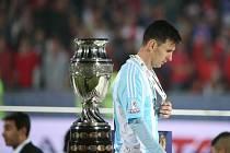 Smutný Lionel Messi. Ani na šampionátu Copa América se s Argentinou se první velké trofeje opět nedočkal.