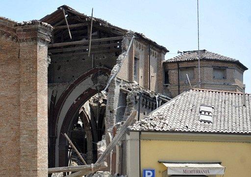 Následky úterního zemětřesení na severovýchodě Itálie