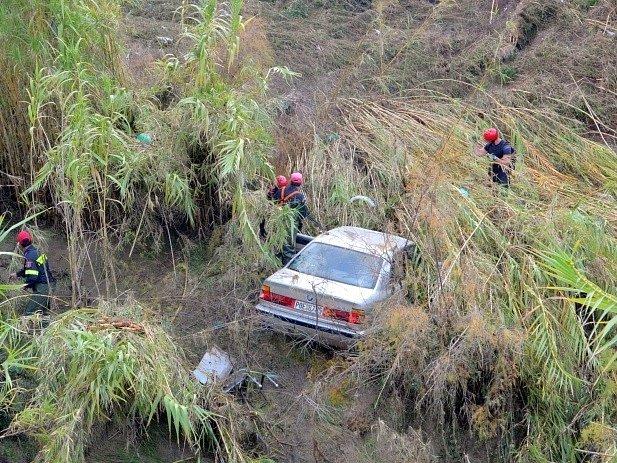 Náhlé záplavy na Rhodosu zabily o víkendu nejméně tři lidi.