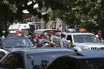 Skupina ozbrojenců obsadila policejní stanici v arménské metropoli Jerevanu.