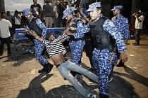 Na Maledivách jsou nepokoje, prezident vyhlásil výjimečný stav
