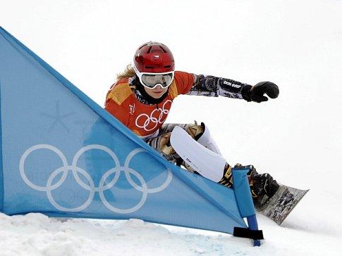 Ester Ledecká při sobotním závodě na snowboardu