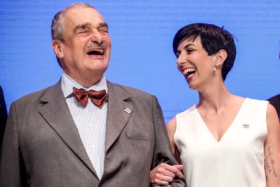 Karel Schwarzenberg a Markéta Pekarová Adamová.