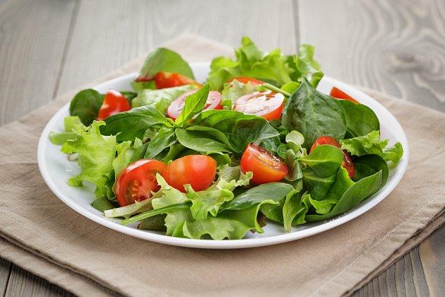 Špenátový salát srajčaty