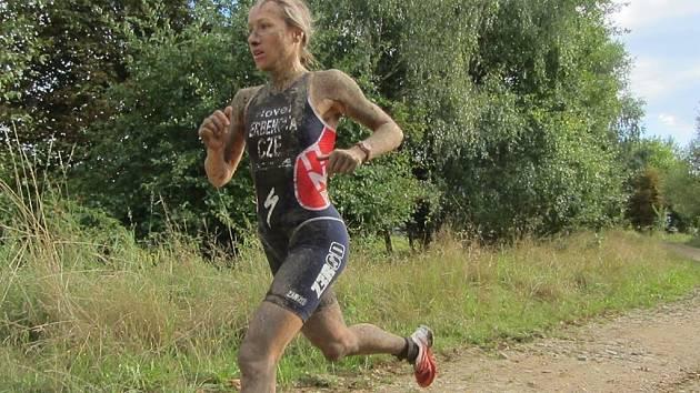 Helena Erbenová na MS v terénním triatlonu v německé Žitavě.