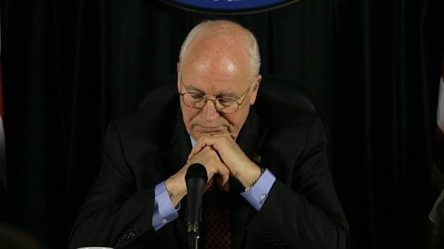 Americký více prezident Dick Cheney.