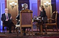 Prezidentští kandidáti Miloš Zeman (vpravo) a Jiří Drahoš se setkali 25. ledna 2018 v Praze před druhým kolem prezidentských voleb v poslední televizní debatě, kterou Česká televize vysílala z Rudolfina.