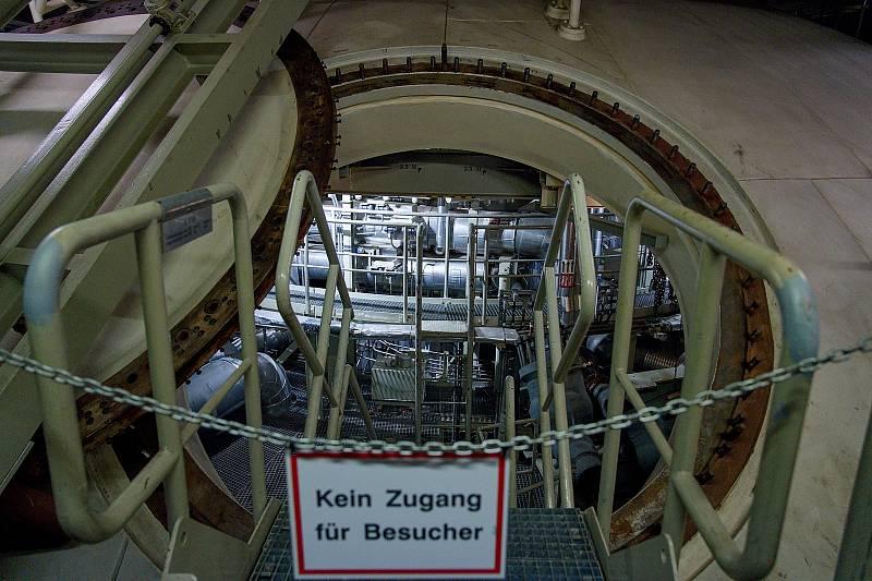 Vstup do kontejnmentu. Rakouská jaderná elektrárna Zwentendorf.