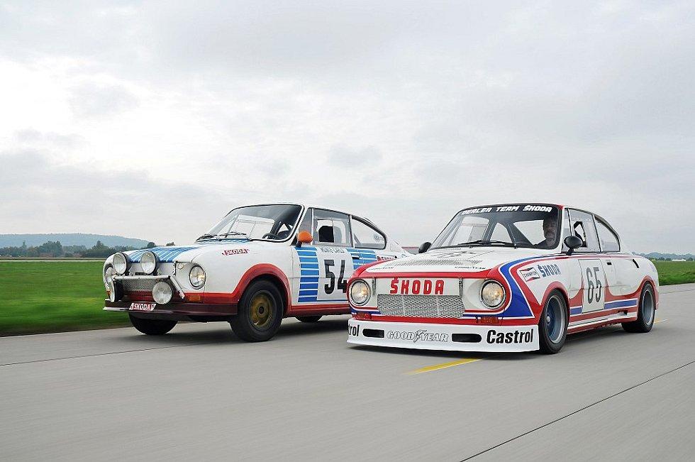Škoda 130 RS. Vlevo je soutěžní provedení z roku 1977, vpravo okruhová verze z roku 1981.