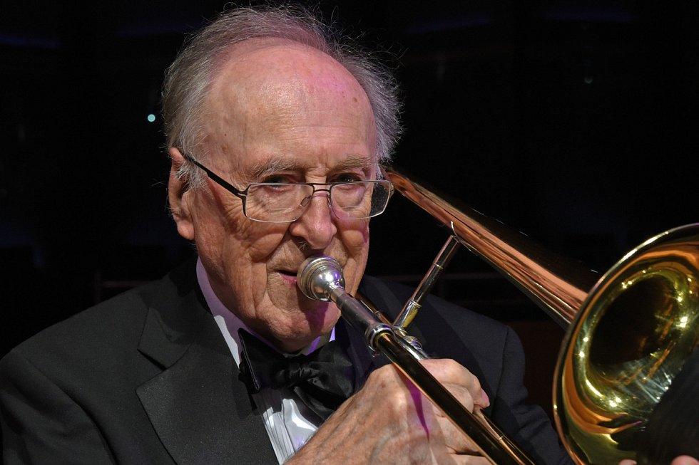 Jazzová legenda Chris Barber