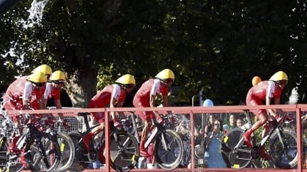 Vuelta odstartovala časovkou družstev.