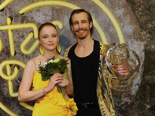 Vítězkou sedmé řady oblíbené taneční soutěže StarDance se stala herečka a bloggerka Marie Doležalová, která tančila sMarkem Zelinkou.