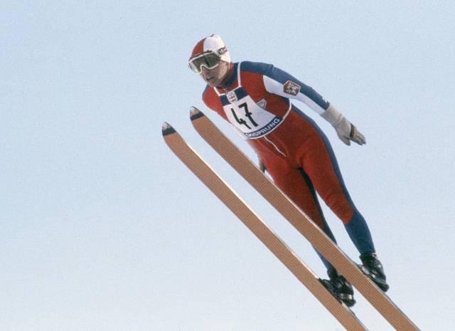 Rudolf Höhnl při skoku v Innsbrucku