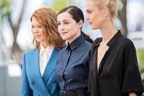 Lea Seydoux, Amira Casar a Aymeline Valade. Hlavní představitelky z filmu Saint Laurint.