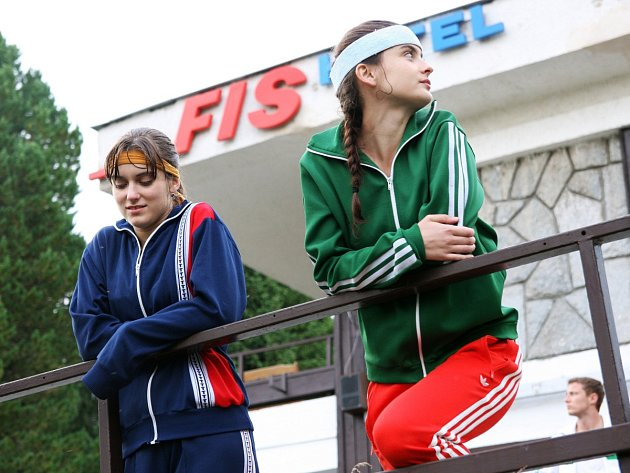 Judit Bárdos a Eva Josefíková ve filmu Fair Play.