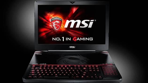 Herní notebook MSI GT80 Titan s mechanickou klávesnicí.