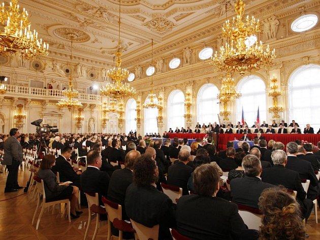 Volba prezidenta se odehrává ve Španělském sále na Pražském hradě