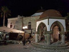 Následky silného zemětřesení na ostrově Kos.