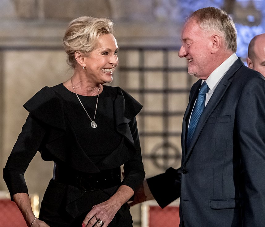 Prezident Miloš Zeman na státní svátek 28. října předával státní vyznamenání ve Vladislavském sále Pražského hradu. Vondráčková, Sobota