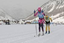 Prolog seriálu Ski Classics v dálkovém lyžování (35 km), 1. prosince 2019 v Livignu. Česká závodnice Kateřina Smutná (vpředu)