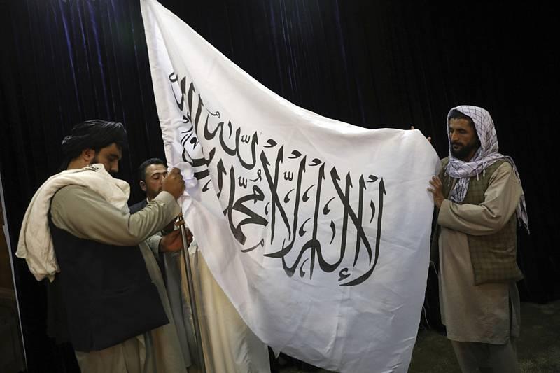 Vlajka Tálibánu. Ilustrační foto
