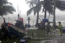 Tropická bouře Pabuk v Thajsku